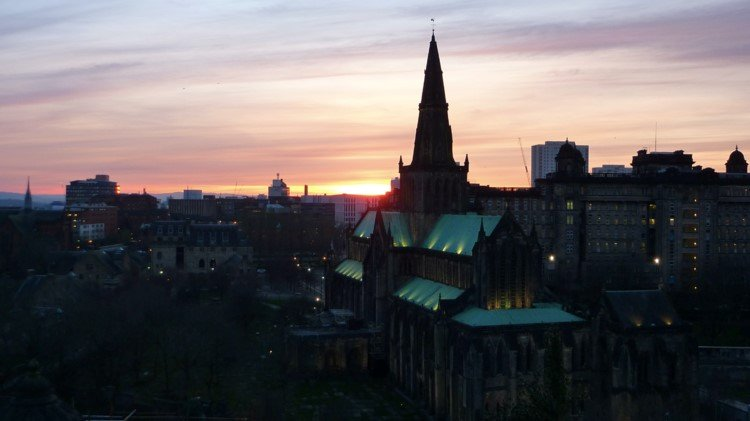Glasgow-city-view-necropolis-sunset